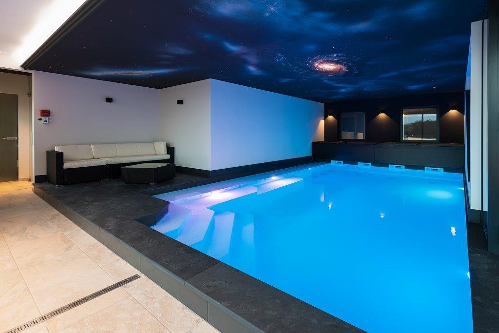 Schwimmbad Design
